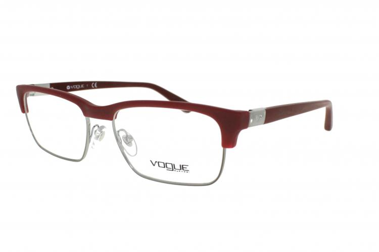 Vogue Brille VO 2805 2025S Gr.54 in der Farbe matte bordeaux/ matt rot
